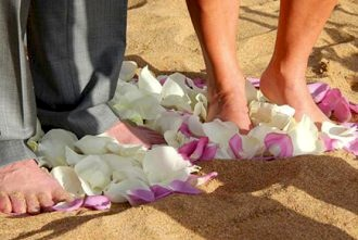 floral-beach-wedding