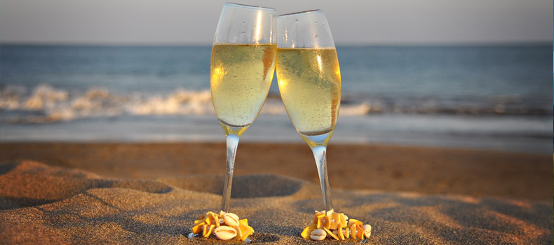 tenerife-champagne-glasses-wedding