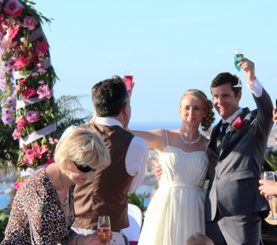 Servicios my perfect wedding in tenerife weddings in tenerife we also would like you to know that here in tenerife you are charged just 7 vat on all your shopping dress rings and expenses accommodation wedding solutioingenieria Image collections