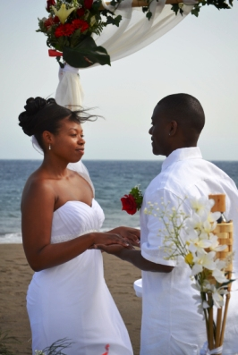 Wonderful Beach Ceremony In Tenerife And Gorgeous Photo Shoot