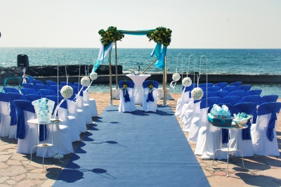 The Motivated Team Of My Perfect Wedding Arranged A Wonderful Set Up In Couples Preferred Colours And Fans As Small Welcome Gifts For