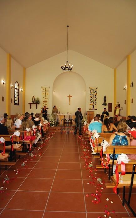 Wunderbare kirchiche Trauung (54)