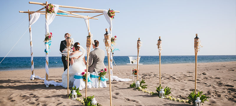 A Simple But Beautiful Beach Wedding Setup Created By The My Perfect Team
