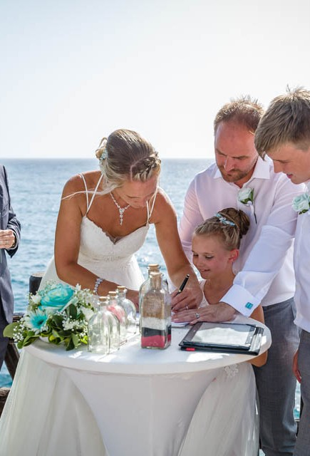 our-top-venue-7-beach-wedding-on-a-beautiful-balcony (23)