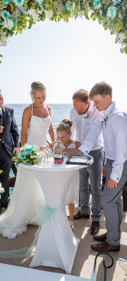our-top-venue-7-beach-wedding-on-a-beautiful-balcony (24)