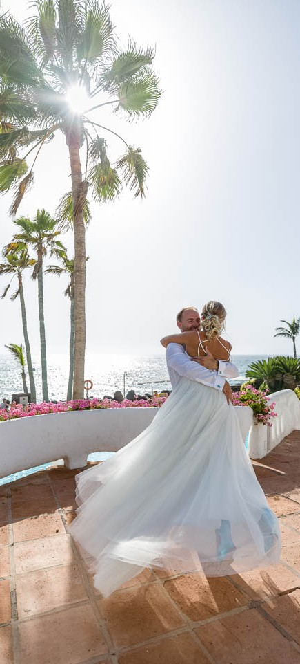 our-top-venue-7-beach-wedding-on-a-beautiful-balcony (41)