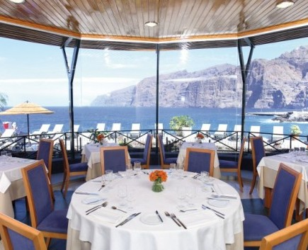 restaurant-sea-views
