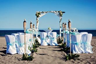 blue-beach-wedding