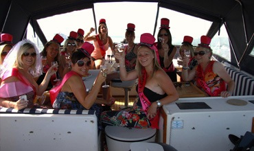 hen-boat-party-spain