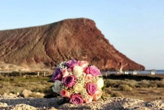 tenerife-beach-wedding-decor-jpg