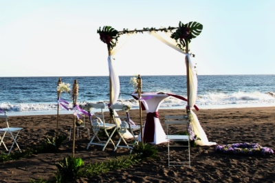 marriage proposal beach wedding in tenerife. Black Bedroom Furniture Sets. Home Design Ideas